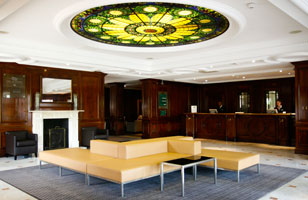 Holiday Inn Guildford reception