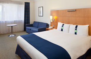 Holiday Inn Guildford rooms