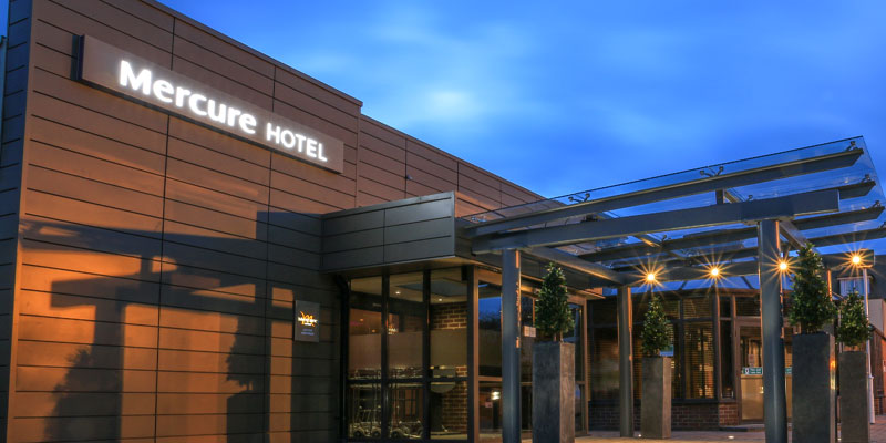 mercure london heathrow exterior