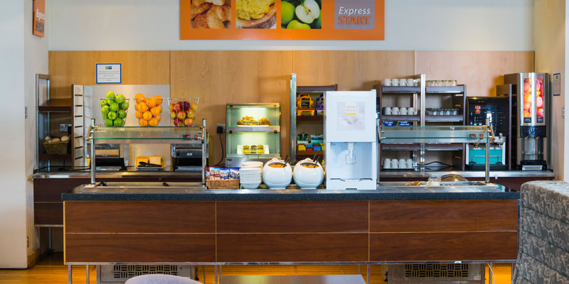 holiday inn express epsom downs breakfast