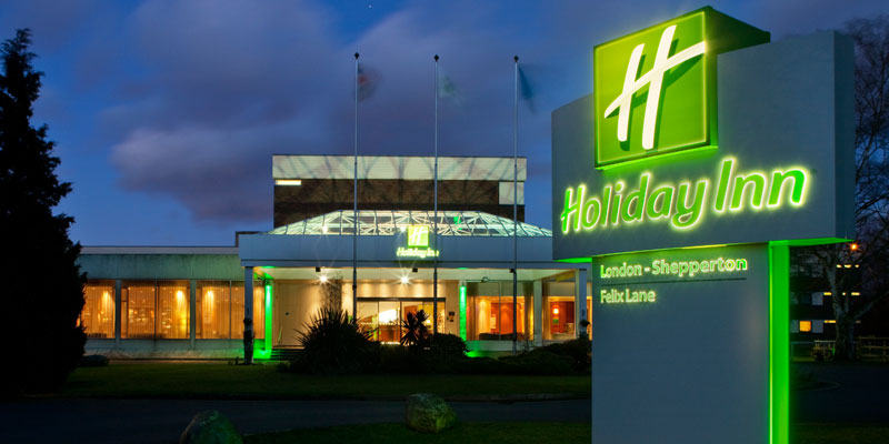 holiday inn shepperton exterior