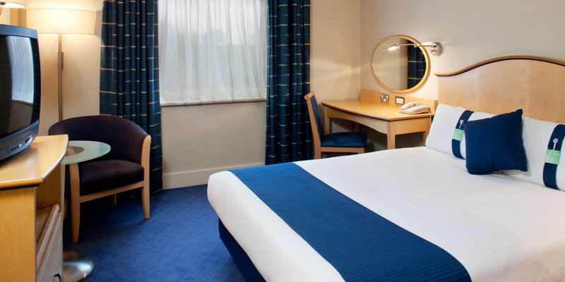 holiday inn shepperton room